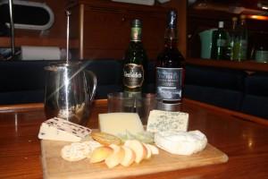 Yachtforce Cheese board