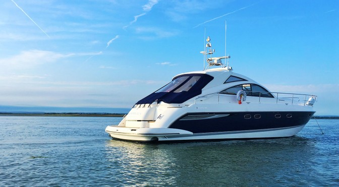 Powerboat Charter with Skipper